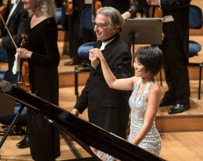 A bow with Michael Tilson Thomas